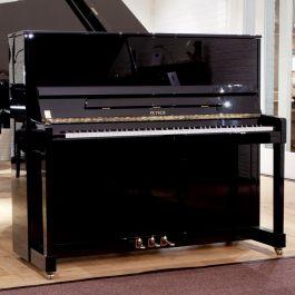 Petrof P 125 M1 801 messing piano