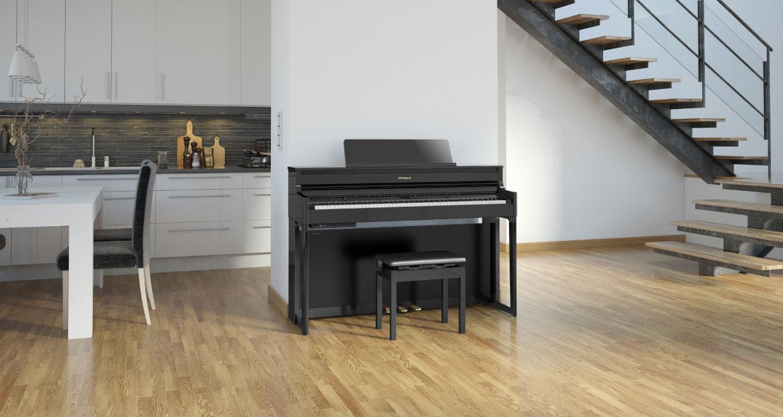 Roland digitale piano in huiskamer